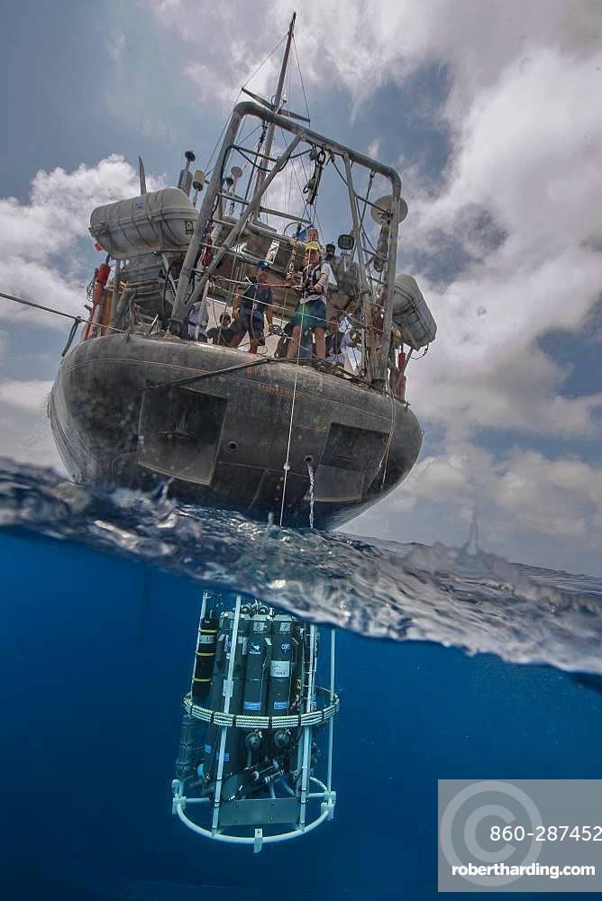 Tara Oceans Expeditions - May 2011. CTD-Rosette (Conductivity Temperature Density instrumental platform with 7 additional sensors)