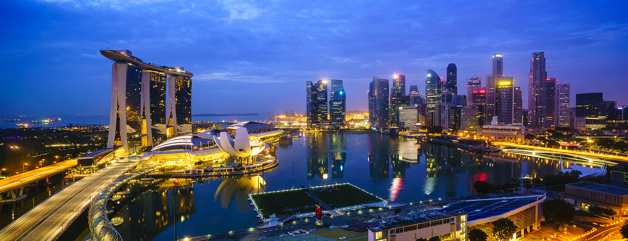 1226-82 ( Fraser Hall ) - The towers of the Central Business District and Marina Bay by night, Singapore
