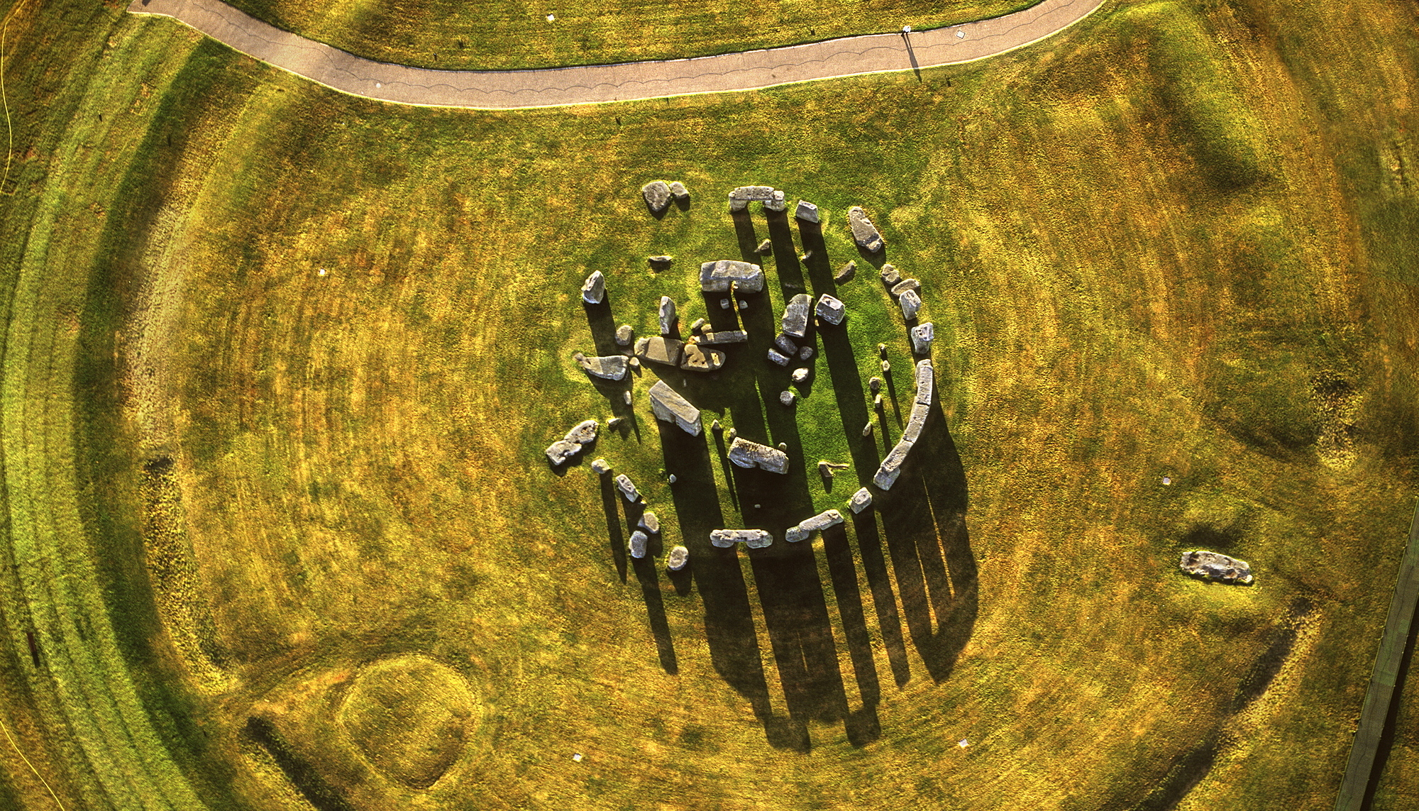 823-53 ( Last Refuge ) - Aerial image of Stonehenge, prehistoric monument and stone circle, UNESCO World Heritage Site, Salisbury Plain, Wiltshire, England, United Kingdom, Europe